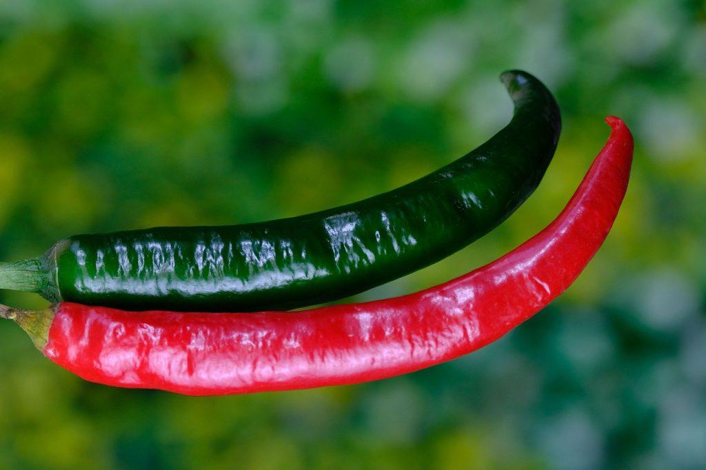 peperoncini rossi e verdi